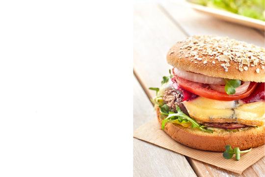 Burger, Photographie culinaire Pauline Daniel pour Candia, stylisme culinaire Annelyse Chardon