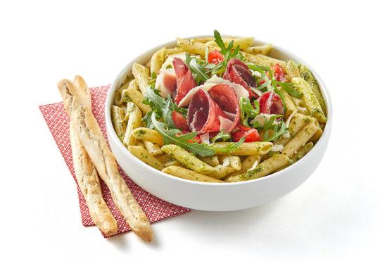Salade italienne, Photographie culinaire Pauline Daniel pour Atelier de Papilles, stylisme culinaire Pauline Daniel
