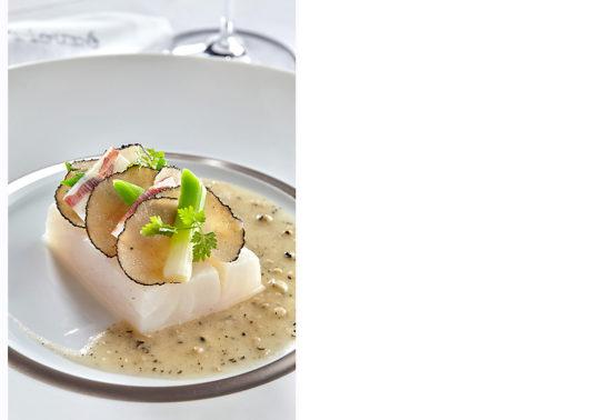 Chef Fabien Fage, Restaurant de l'hôtel Le Prieuré Baumanière Relais & Chateau 5 étoiles, photographie Pauline Daniel
