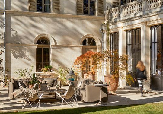 Jardin de l'hôtel particulier à Avignon