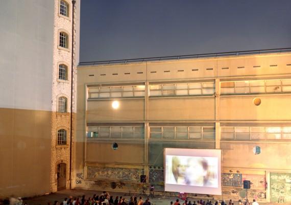 Marseille, Quartier de la Belle de Mai, Photographie Pauline Daniel, Friche de la Belle de Mai, projection en plein air